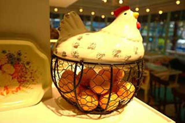Chicken & Egg – A Strange Parallel with Technical Ceramics